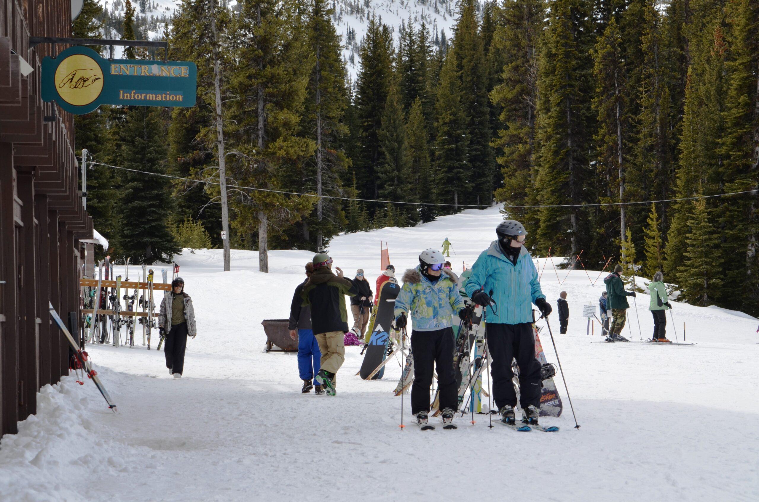 skiing-snowboarding-nordic-06